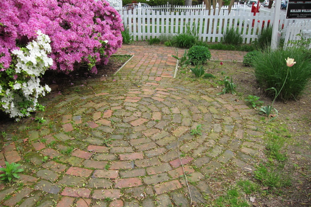 Landscaping Bricks Ideas Pictures : Landscaping pictures of front yard ideas using bricks