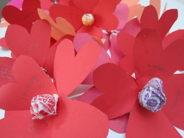 1. Lollipop Heart Flowers