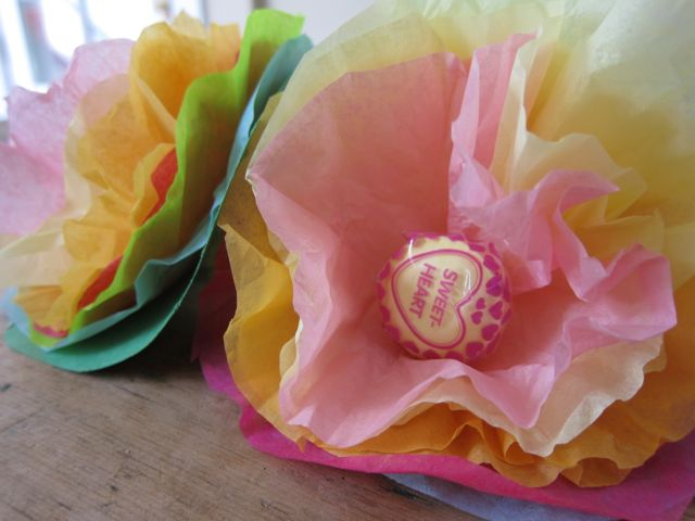 How to make lollipop tissue paper flowers mightylinksfo