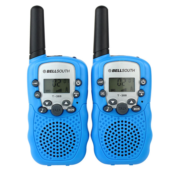 Walkie Talkies, gift recommendation from the Frugal Mama blog